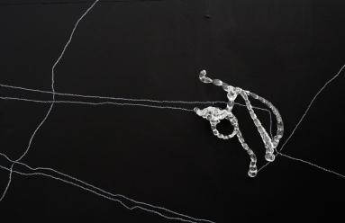 Tara Woudenberg | glass and pencil